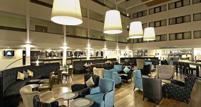 hilton london gatwick airport: